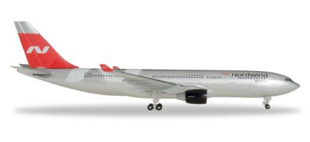 Herpa Wings Flugzeugmodell Nordwind Airlines Airbus A330-200 (1:500)