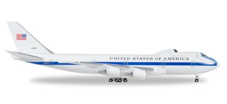 Herpa Wings Flugzeugmodell US Air Force Boeing E-4B